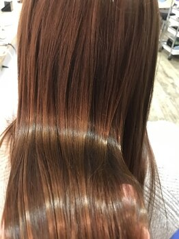ブルーナチュラルスタイル(BLUE naturalstyle)の写真/シルエットを重視したスタイル創りが好評♪クセの強さやなりたい質感などを見極め、思い通りの美髪に導く!