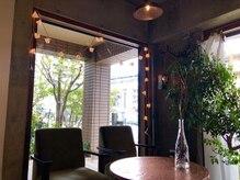 ヘアーエパヌイ(HAIRepanui)の雰囲気(店内待ち合い。コロナ対策、換気、消毒を徹底いたします。)