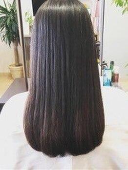 ヘアーアンドメイク シルバ(Hair&Make SILVA)の写真/≪必体験★≫自信を持ってお薦めする『オーダーメイド縮毛矯正』施術工程全てがパーソナルな施術で安心☆