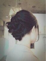 メロウ(mellow)黒髪のアレンジスタイル