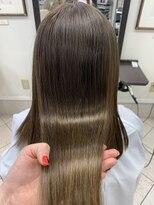 コレットヘア(Colette hair)Xトリートメントで明るめカラーもツヤツヤに!