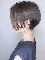 【morio 原宿】黒髪ショートボブ耳かけ前髪なしくびれショート