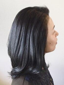 """ヘアアンドエステ ロモ(HAIR&ESTHE ROMO)の写真/【30、40代に人気♪】COTAのPREMIQUEトリートメントで""""根本ふんわり×毛先しっとり潤う""""理想髪へと導く♪"""