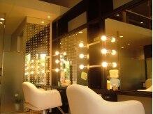ミューズ 四街道店(HAIR&NAIL MUSE)の雰囲気(照明を変えて、同じ店の中でもいろんな雰囲気を楽しめます。)