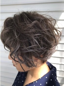 ブラーノ(Burano)の写真/【今まで薬剤がしみた方必見】ボタニカルカラーで思い通りの色味&ハリ・コシのある健康的な髪へ♪