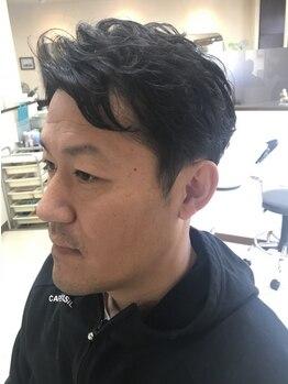 ヘアー フォーシーズンズ(Hair Four Seasons)の写真/【老舗BARBER/20時迄営業】カット+頭皮のお悩み予防ヘッドスパ¥4500。忙しい朝も時短で決まるStyleに!