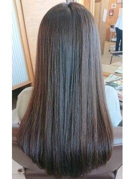 ソイル ヘアー(soil hair)ストレートロング