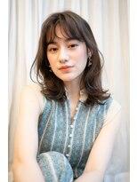 マグノリア オモテサンドウ(MAGNOLiA Omotesando)大人かわいい女子力UP♪毛先カールのくびれエアリーミディ