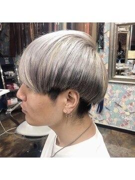 ロコマーケット 下北沢店(hair meke Deco.Tokyo)ホワイトシルバーカラー