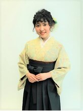 フラココトリコ(hurakoko trico)[hurakokotrico]和泉美佳 卒業式 ふんわりまとめた袴スタイル