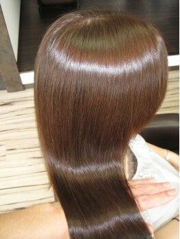 ジェンティーレ ヘアデザイン(Gentile Hair Design)の写真/一度体感するとリピート間違いなし!『ハイブリッドKIRARA』は乾燥やダメージ、髪質に悩む貴女の味方です☆