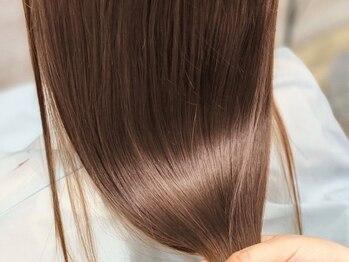 モナヘアー ロット(mona hair lot)の写真/【髪質改善】酸熱トリートメントでうねりやクセを改善しツヤ髪に♪COTA、TOKIOトリートメントも取扱い有◎