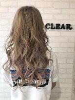 ヘアーアンドメイククリアー(Hair&Make CLEAR)ダブルカラー・シルバーアッシュ