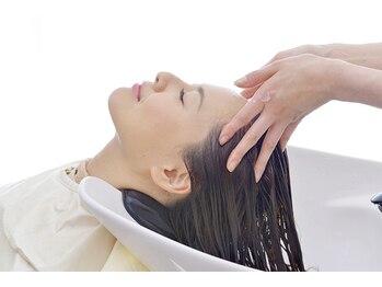 バルバロヘアー(BARBARO HAIR)の写真/【横川】頭皮と髪を同時にケアする、癒しのヘッドスパ☆忙しい毎日に、ホッと一息つける時間を・・・