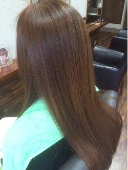 ヘアメイク ルポ(Hair make Repos)の写真/【エイジング世代のお悩みに】髪の内側まで栄養・潤いを与え美髪へと導く。ダメージケア・ハリコシUPにも◎