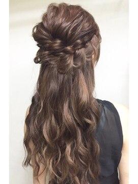 ヘアアンドメイクジップ恵比寿 (Hair&Make ZIP)編み込みハーフアップ
