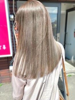 リム(LIM asabu)の写真/LIM自慢の縮毛矯正はコテ巻きもできる2Wayストレート♪艶と柔らかさの感動の手触りをご体験下さい。