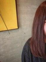 アティック ヘアーデザインアンドリラクゼーション(attic hair design&relaxation)チラ見せハイライト×ピンク