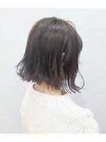 エイム ヘアメイク 横川店(eim HAIR MAKE)切りっぱなしボブ × ランダム巻き