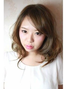 【髪型別】流し前髪の作り方・切り方・巻き方 分け目/ボブ