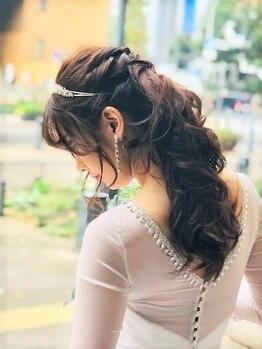 横濱ハイカラ美容院(haikara美容院)の写真/【ウェディングヘア+メイク¥15000】繊細に作りこまれたセットと丁寧なメイクで素敵なフォトウェディングに!
