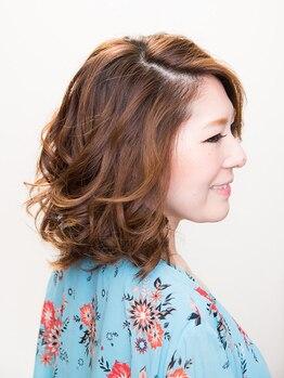 ヘアアンドメイク スタジオ えにし(Hair&Make Studio)の写真/〈眉カット無料サービス実施中!〉実力派スタイリストが、作り込み過ぎない自然体の美しさを演出します☆