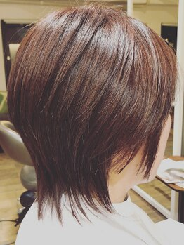 リズム ヘアアンドコンフォート(Re ism Hair and Comfort)の写真/初めてのグレーカラーや、部分的な白髪のお悩み、髪質の変化など、要望をしっかりカウンセリング!