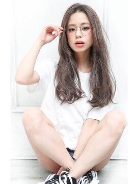 【2019年春夏】メガネに似合う髪型とヘアアレンジ方法|丸顔/黒髪/中学生