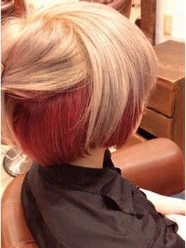 アンテナ ヘアリゾート 戸田公園店(ANTEnNA HairResort)の写真/チラ見せインナ-カラ-で最旬なワタシget◆ロング料金無しで手軽に通えちゃうのが嬉しい◎お得クーポン有り!