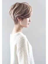モッズ ヘア 高松瓦町店(mod's hair)大人可愛いナチュラル前下がりショート【COLEETE 1998-99 A/W】