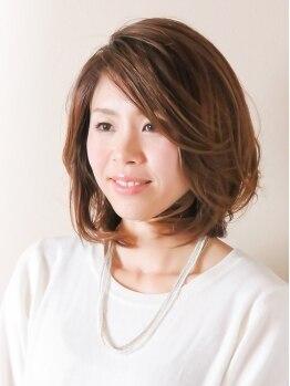 ヘアーサロン パッシュ(Hair Salon Pash)の写真/カラーは136色のチャートでバリエーション豊富☆あなたに似合った髪色を幅広く提案してくれるのが嬉しい♪