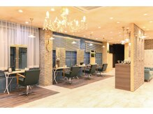 アグ ヘアー ハニー 春日部店(Agu hair honey)の雰囲気(ゆったり寛げる空間。家にいるようにRelax。)