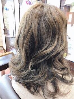 ヘアメイク エイムズ シュアーニューエイジ(HAIR&MAKE aim.s SUR UN NUAGE)の写真/季節/雰囲気/肌色に合わせたカラーで、華やかさ&透明感を演出☆旬カラーを楽しむなら《aim.s》