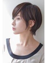 アトリエイトワ(atelier ittowa)黒髪×小顔×マニッシュショート×ことりベージュ×毛先パーマ