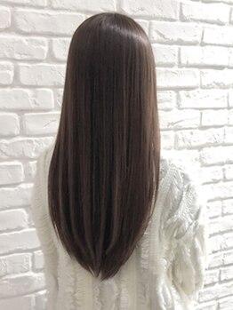 ジュノヘアーアンドアイラッシュ あざみ野(juno hair&eyelash)の写真/髪質や状態に合わせたダメージレス縮毛矯正!強いクセも毛先まで柔らかくまとまる自然な仕上がりが大人気☆