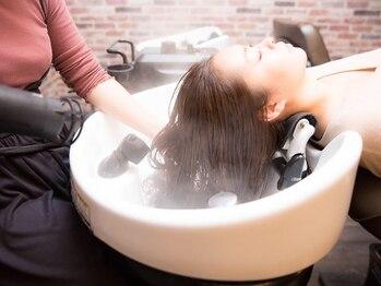 美容室 ウィズ 鎌ヶ谷店(Wiz)の写真/話題沸騰「Wiz式髪質改善エステ」で理想以上の美髪へ―。持続力が高く幅広いお悩みに答えます![新鎌ヶ谷駅]