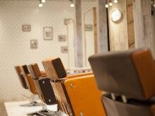 アグ ヘアー ルーツ 札幌7号店(Agu hair roots)の雰囲気(こだわり抜かれた空間。ゆったり寛げる。)