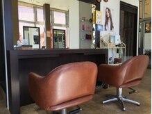 ヘアーアンドロハス レイール(Hair & Lohas Reir)の雰囲気(お子様とご一緒ならペア席がおすすめ!)
