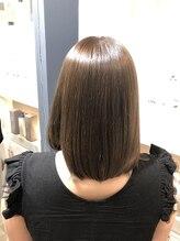 《エイジング毛》のまとまりがよく若々しいツヤ髪に仕上げます!