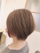 リリー ヘアーデザイン(Lilly hair design)【勝田台Lilly昼間】丸みショート
