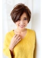 ヴァスティ(VASTY)☆前髪長めの小顔フェミニンショート☆