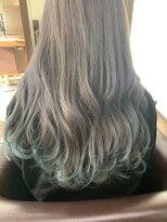 アールピクシー(Hair Work's r.Pixy)シルバー×裾カラー