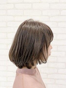 ビス ヘア アンド ビューティー 西新井店(Vis Hair&Beauty)10代20代前上がりボブ×アッシュブラウン/オリーブグレージュ