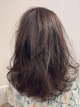 ユーフォーヘアー(U for hair)の写真/【大人女性にオススメ♪】オーガニックヘナ、ハーブカラーで髪・地肌をいたわりながら輝くツヤ髪へ!