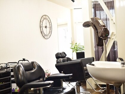 サロンドナイト 騎士東京店(Salon De Knight)の写真