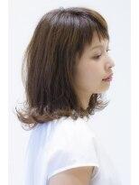 ラフな抜け感が可愛い☆大人ふんわりスタイル