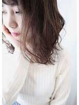ジル ヘアデザイン ナンバ(JILL Hair Design NAMBA)外ハネミディ