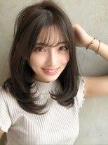 アフロート ワールド 渋谷(AFLOAT WORLD)渋谷アフロート 張替 女性らしいカーブ感シルエット 薄め前髪