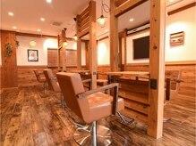 アグ ヘアー コパン 新小岩店(Agu hair copan by alice)の雰囲気(ゆったり寛げる空間。家にいるようにRelax。)