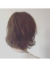 カタチヘアー(HAIR)さわやかな風。。。素直な子。。。ミディアムパーマのカタチ。。